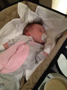 Berpergian dengan bayi yang baru lahir